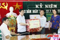 Lãnh đạo tỉnh thăm, tặng quà thương binh đang điều dưỡng, điều trị tại Nghệ An