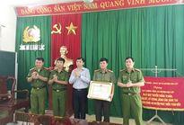 Thưởng nóng cho Công an huyện Hậu Lộc điều tra vụ 2 đối tượng bắt cóc trẻ em