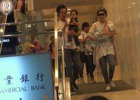 Con gái mới sinh của nam vương TVB Trần Hào lần đầu lộ diện