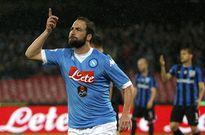 Chủ tịch Napoli cảnh báo Juventus và Higuain
