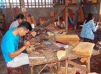 Ghé thăm 'Đệ nhất làng mộc và chạm khắc gỗ miền Tây Nam bộ'