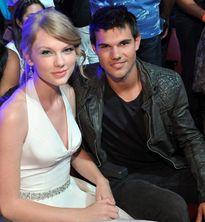 3 vụ bê bối tình cảm của Taylor Swift khiến nhiều người ngán ngẩm