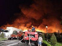 Chùm ảnh: Trắng đêm dập lừa tại khu công nghiệp ở Hải Phòng