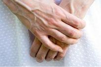 Nếu tay có biểu hiện này bạn đang mắc bệnh dạ dày nguy hiểm