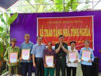 Cục kinh tế - Bộ quốc phòng trao nhà tình nghĩa tại huyện Quỳnh Lưu