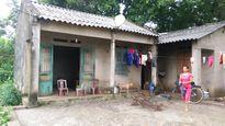 Người phụ nữ nghèo khổ bậc nhất Thị trấn Đu nằm 'ngoài vùng phủ sóng'