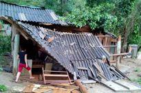 Nghệ An: Lốc xoáy làm hư hỏng hơn 50 ngôi nhà ở Kỳ Sơn