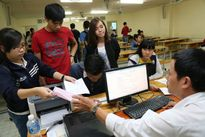 Hàng loạt trường đại học ở TP HCM công bố điểm sàn xét tuyển
