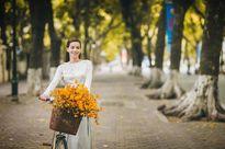 Hồ Ngọc Hà đẹp 'mê hồn' với tà áo dài trắng tinh khôi ở Hà Nội