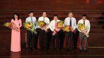 TP.HCM chính thức phê chuẩn nhân sự lãnh đạo 24 quận, huyện