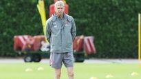 HLV Wenger tuyên bố sẽ mang thêm một tiền đạo về Arsenal