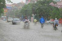 Áp thấp nhiệt đới, có thể hóa bão vào biển Đông