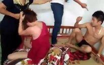 Mẹ chồng bắt quả tang con dâu ngoại tình: 'Chưa làm gì'