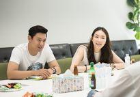 Choi Ji Woo trang điểm nhẹ nhàng vẫn cuốn hút