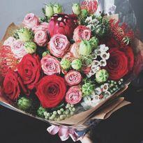 Cường Đô La tặng hoa, viết thư tay cho Hạ Vi kỷ niệm 10 tháng yêu nhau