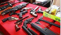 """Thu giữ lô vũ khí """"khủng"""" tại nhà các đối tượng gây án giết người"""