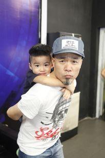 Lần hiếm hoi nhạc sĩ Huy Tuấn khoe con trai 4 tuổi dễ thương