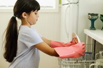 Nghiên cứu mới: làm việc nhà giúp trẻ thành công hơn trong tương lai