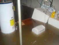 Mùa mưa bão, đây là cách xử lý nhà ngập nước ai cũng phải thuộc nằm lòng