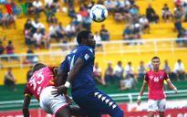 Đánh bại Sài Gòn, B.Bình Dương vươn lên thứ 7 V-League