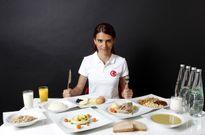 Khối lượng thức ăn cần nạp của từng VĐV Olympic