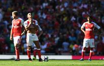 Arsenal gặp khó: Bao giờ ông hết keo kiệt, Wenger?