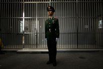 Tự tử là biện pháp để bảo vệ gia đình quan chức Trung Quốc khỏi bị điều tra