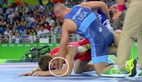 Hài hước đô vật Ukraina dùng võ 'cẩu xực' tấn công đối thủ ở Olympic