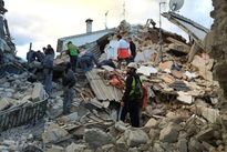 Toàn cảnh đổ nát sau động đất kinh hoàng ở Italy