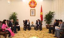 Phó Thủ tướng Vương Đình Huệ tiếp Chủ tịch công ty AIA