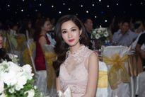 Chung kết Hoa hậu Việt Nam 2016 'tốn' đến 2 cặp MC, 40 tấn thiết bị!