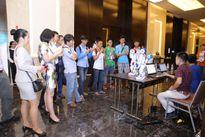 Robot hình người đầu tiên đến Việt Nam được chào giá 10.000 USD