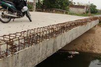 Nam Định: Mối nguy rình rập trên cung đường thi công dở dang