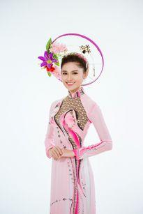 Thí sinh Hoa hậu Việt Nam diện áo dài khoe đường cong quyến rũ 'chết người'