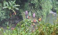 Thi thể nam thanh niên kẹt trong hốc đá ở thác Đam B'ri