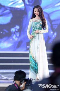 Thí sinh Hoa hậu Việt Nam khoe sắc dịu dàng trong tà áo dài truyền thống