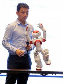 Việt Nam sắp đưa robot vào giảng dạy tiếng Anh