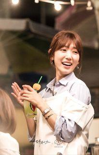 """Những hình ảnh bây giờ mới tiết lộ của Park Shin Hye và dàn sao """"Doctors"""""""