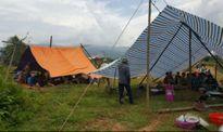 Dân 'cắm chốt' ăn ngủ dưới chân núi để phản đối xây dựng khu xử lý rác thải