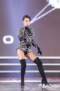 Tóc Tiên khiến fan choáng ngợp khi diện bodysuit đính kết từ 5000 viên đá pha lê