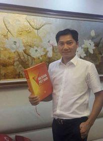 Ra sách 'Vinh quang Việt Nam'