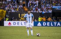 'Chơi bóng mà không có Messi là một tội ác'