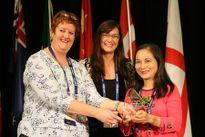 Nữ hộ sinh Việt Nam duy nhất nhận giải thưởng quốc tế