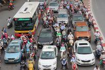 Đề xuất cấm xe máy ngoại tỉnh vào Hà Nội: Phản cảm?