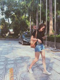 Sinh viên Thăng Long: mặc đồ basic nhưng không hề tẻ nhạt!