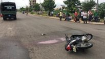 Xe máy và xe cảnh sát tông nhau, một người chết