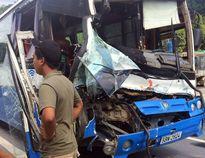 Xe khách được xe tải 'cứu' trên đèo Bảo Lộc bị phạt 10,5 triệu đồng
