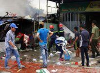 Tình người sau đám cháy ở làng đại học