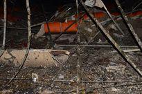 Trời mưa tầm tã, cháy lớn bên trong Trung tâm văn hóa tỉnh Sóc Trăng