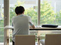 Tại sao người trẻ Nhật Bản chỉ thích ở nhà đọc truyện?
